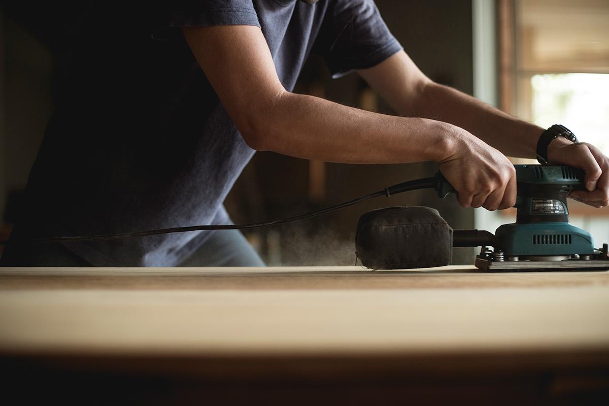 家具修理職人